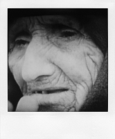 http://bertrandcarriere.com/files/gimgs/th-38_07polaroids of war.jpg